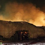Incendiu de proportii in sudul Bacaului (2)