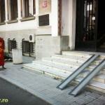 Rampe pentru handicapati la posta (1)
