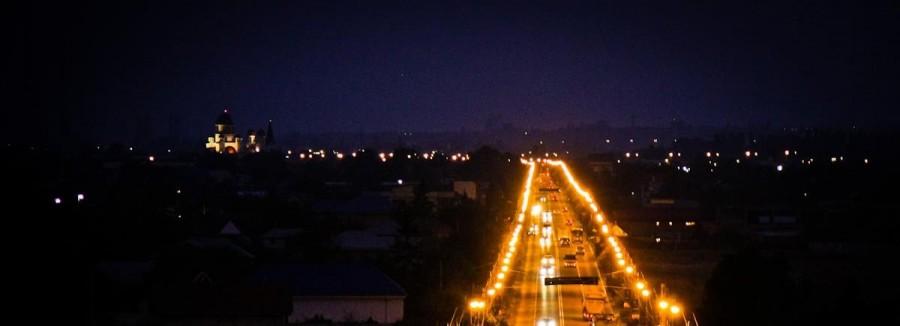 orasul bacau noaptea