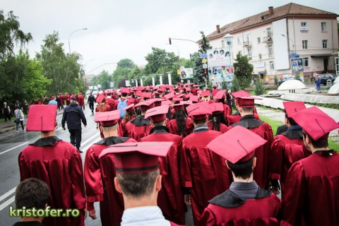 marsul absolventilor saligny bacau 2012 (5)