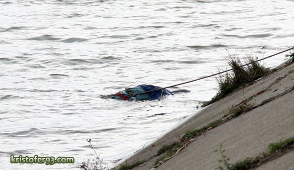 cadavru in lacul bacau ii