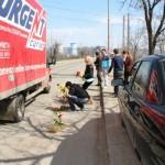 Tineri pentru Bacau - flori in asfalt Bacau (2)
