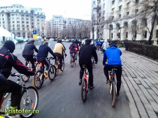 mars biciclete aprilie 2013