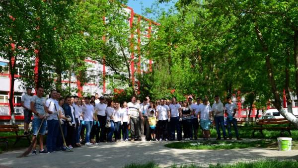 1 mai 2013 ecologizare plantare tsd bacau-4