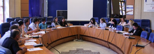 intalnire lucru saptamana nationala a voluntariatului 2013-3