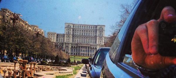 parlamentul romaniei din masina