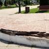 scena dezafectata in parcul catedralei bacau-1