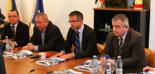 conferinta presa inaugurare partie slanic moldova (1)