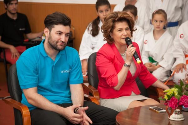 Rovana Plumb & Smiley, Ambasador al Bunavointei pentru UNICEF Romania