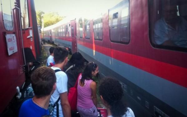 eforie sud elevi intre trenuri