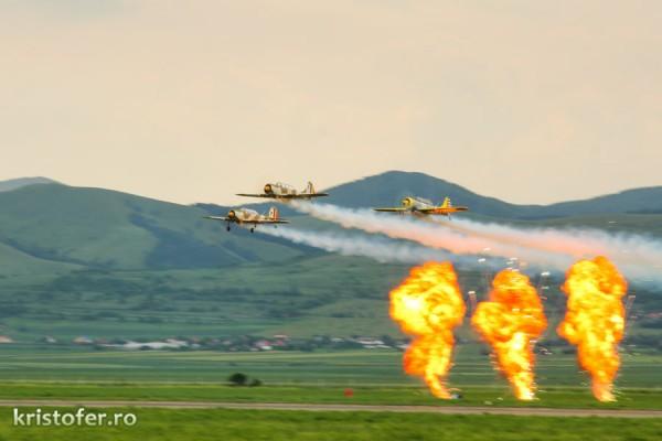 Miting-Aerian-Bacau-2014 yak 52