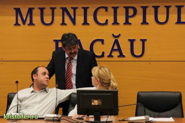 anca sigartau radu ababei sedinta consiliu local bacau 29 iulie 2015-2