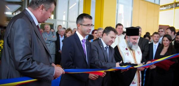 Inaugurare-Centrul-de-Afaceri-si-Expozitii-Bacau-10