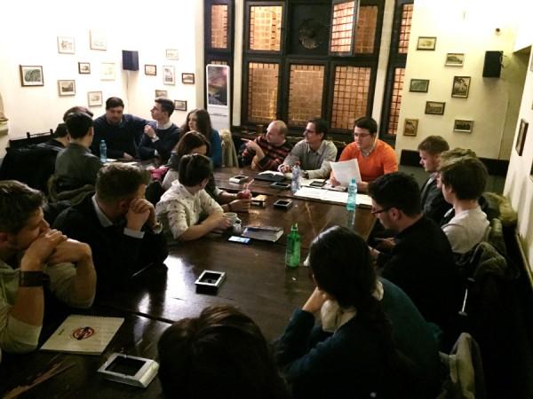 organizatii tineret masa rotunda bacau decembrie 2015