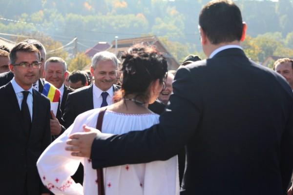 liviu-dragnea-dragos-benea-ponta-darmanesti-campanie-2014