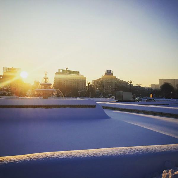3 piata unirii apus iarna bucuresti