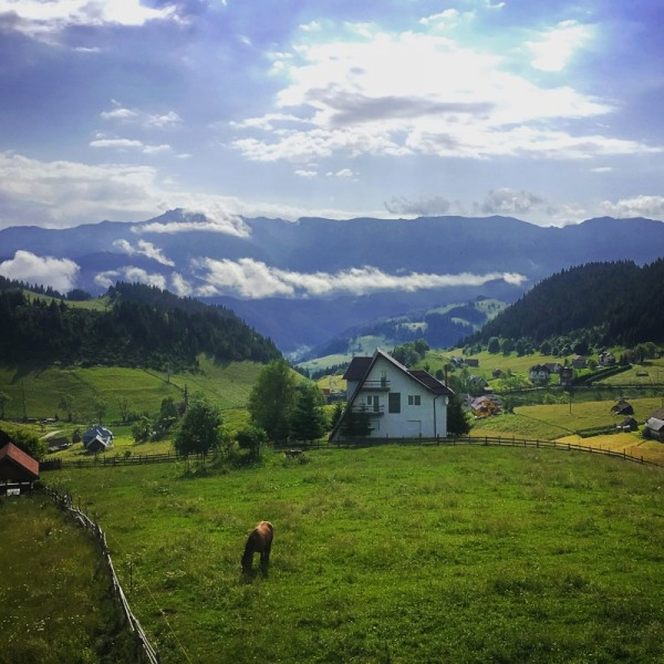 10 muntii carpati bucegi romania