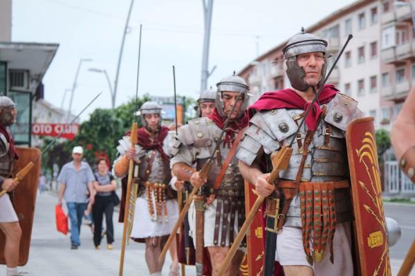 romani-si-daci-in-bacau-gruppo-storico-romano-2