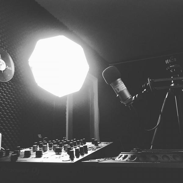 07 radio deea studio