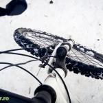 Cu bicicleta pe zapada in Parcul Cancicov (1)