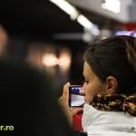 metrou bucuresti tapetat cu poezie julius meinl (2)
