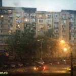 ploaie torentiala inundatie strazi bucuresti 2015 (1)
